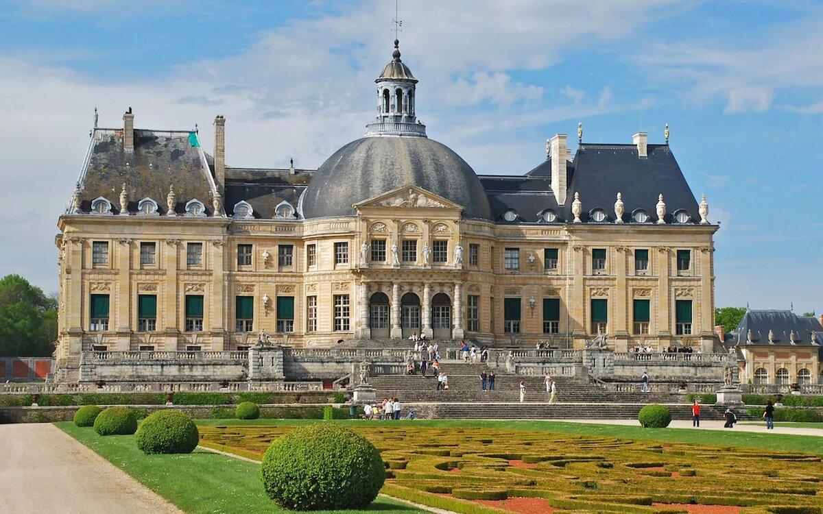 Дворцы франции фото