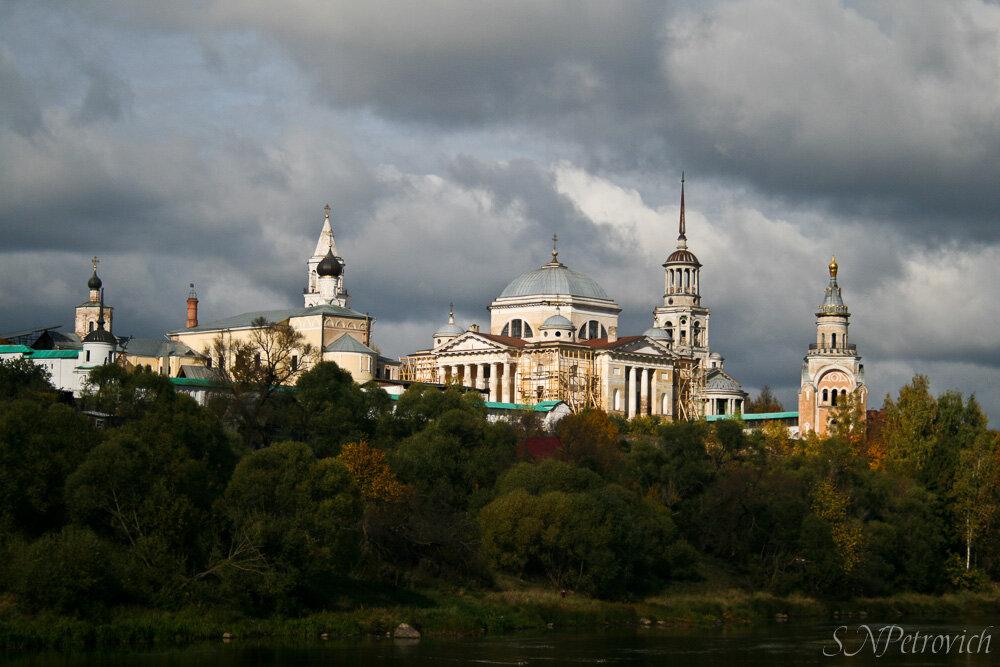 Борисоглебский монастырь торжок фото