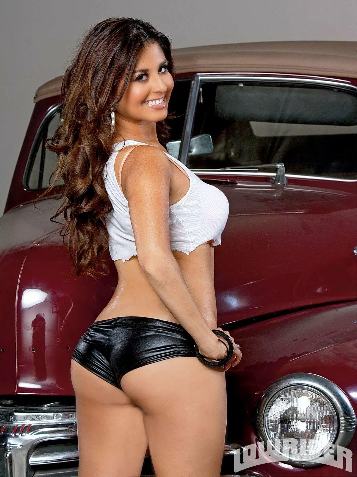 Latina lowrider girls nude
