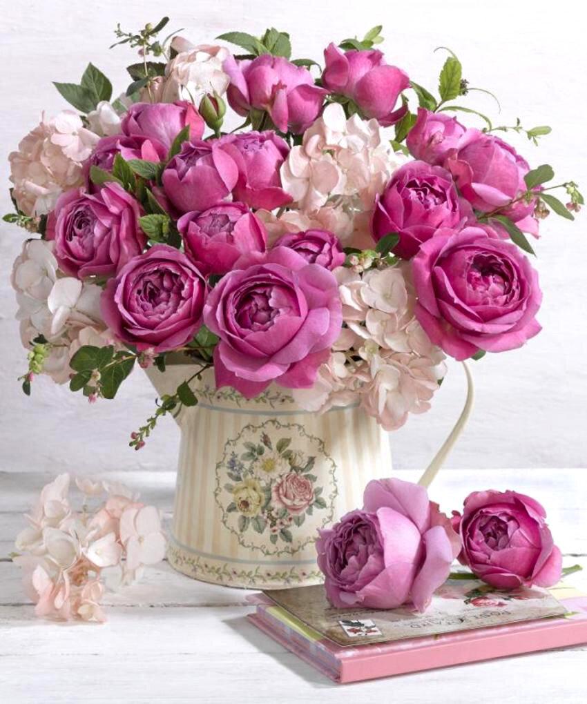 Днем, красивая открытка девушке с цветами