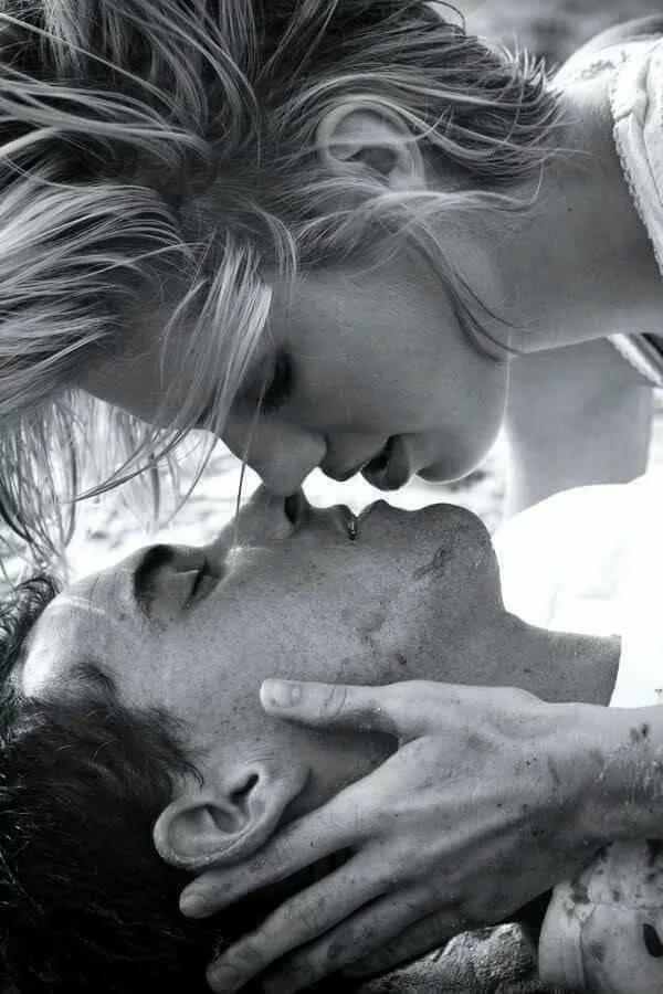 твои сладкие поцелуи картинки упал байка пролетел