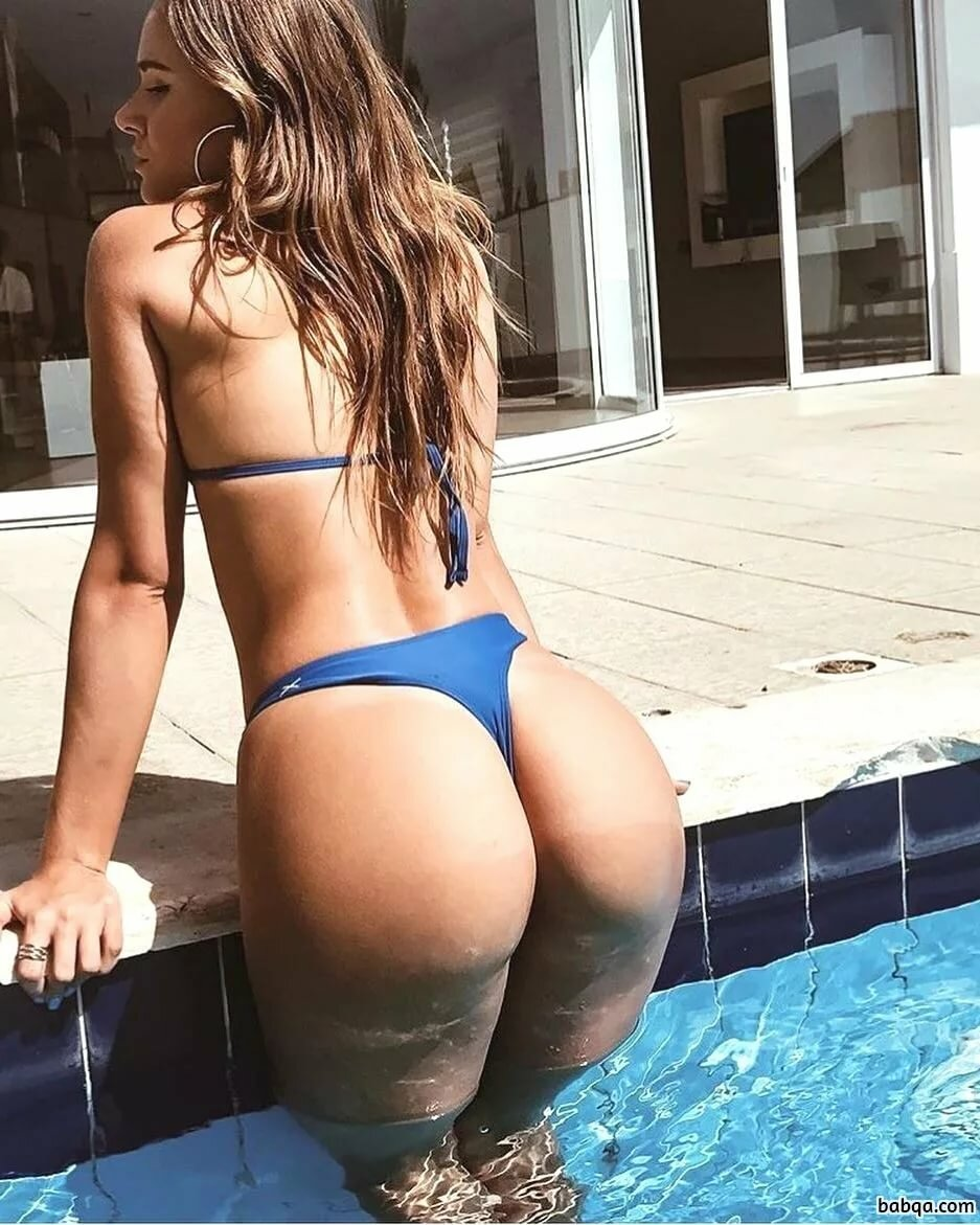 Petite Girls With Bubble Butts