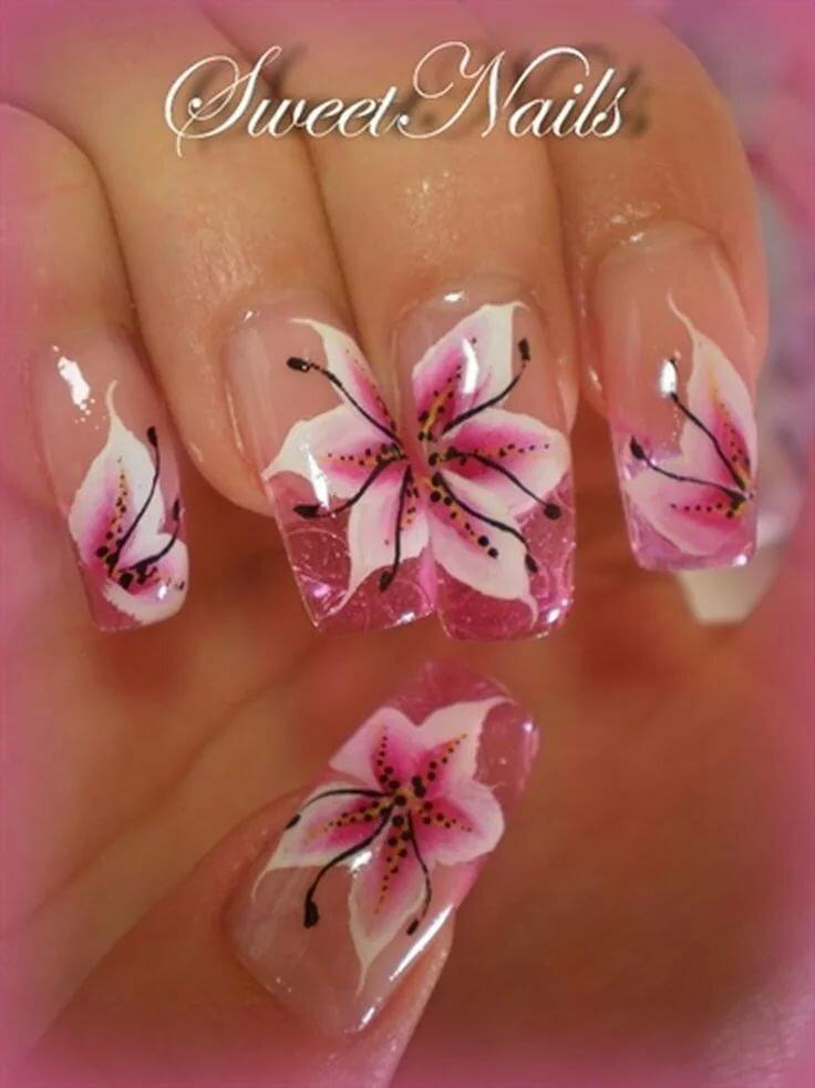 ним картинки ногтей с лилиями сусанной тлехас она