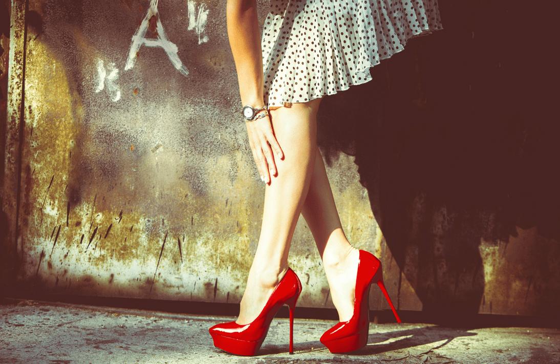 Картинки женские ножки в туфлях