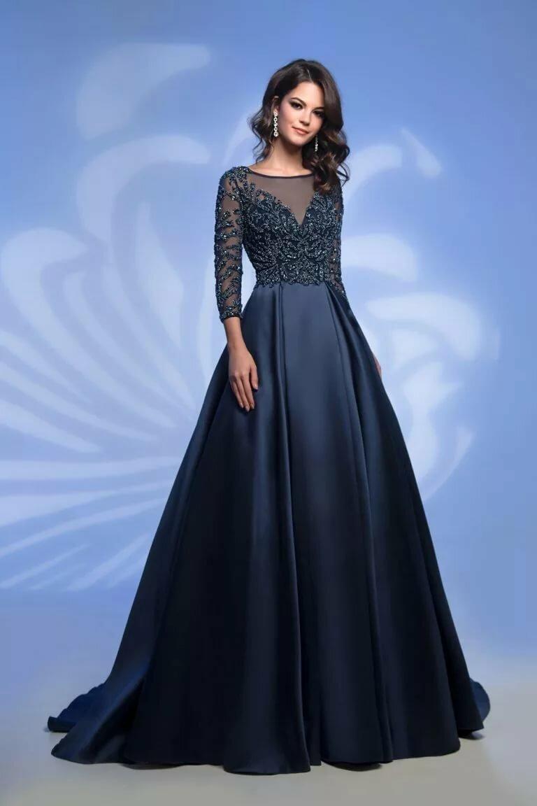 Платье в казахском национальном стиле фото