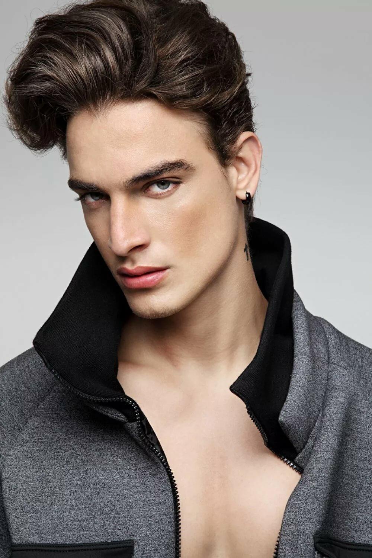 представленных фото мужчины модели россии вот только