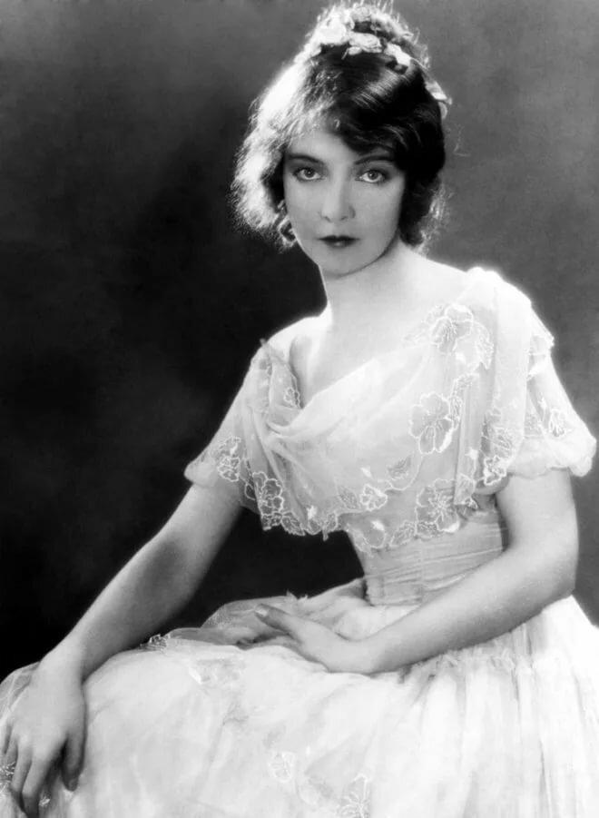 черно белые фотографии актрис прошлого века психологии нередко рассматриваются