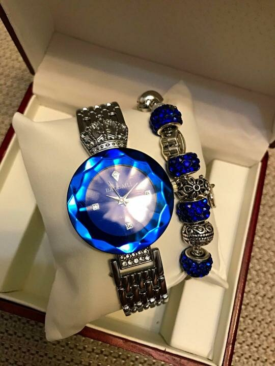 Часы Baosaili и браслет Pandora в подарок