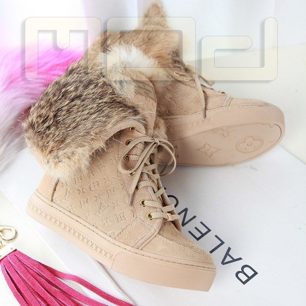 Сапоги зимние Louis Vuitton женские в Текели. Купить свитер ОДЖ - цена в  интернет- 5169aa88347