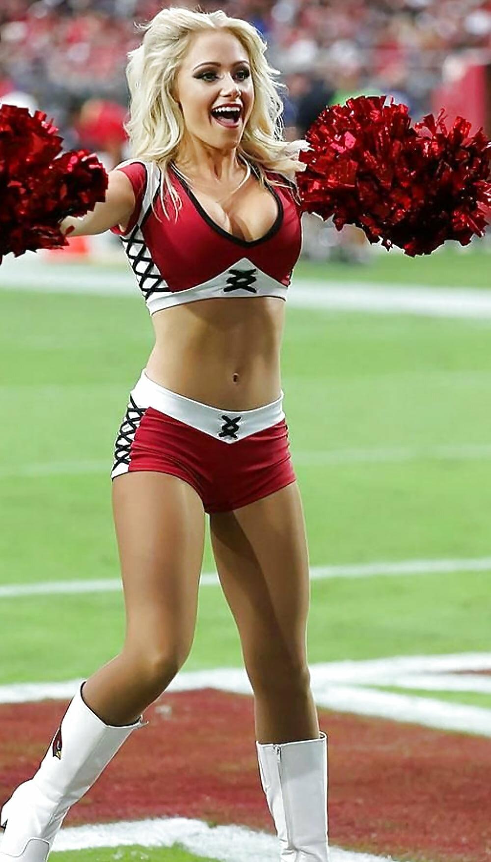 Sex nfl cheerleader pantyhose nude cowgirls