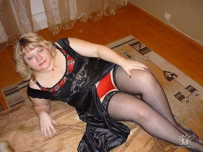 razvratnaya-russkaya-baba-kak-parnya-igrat-s-seks-igrushkami