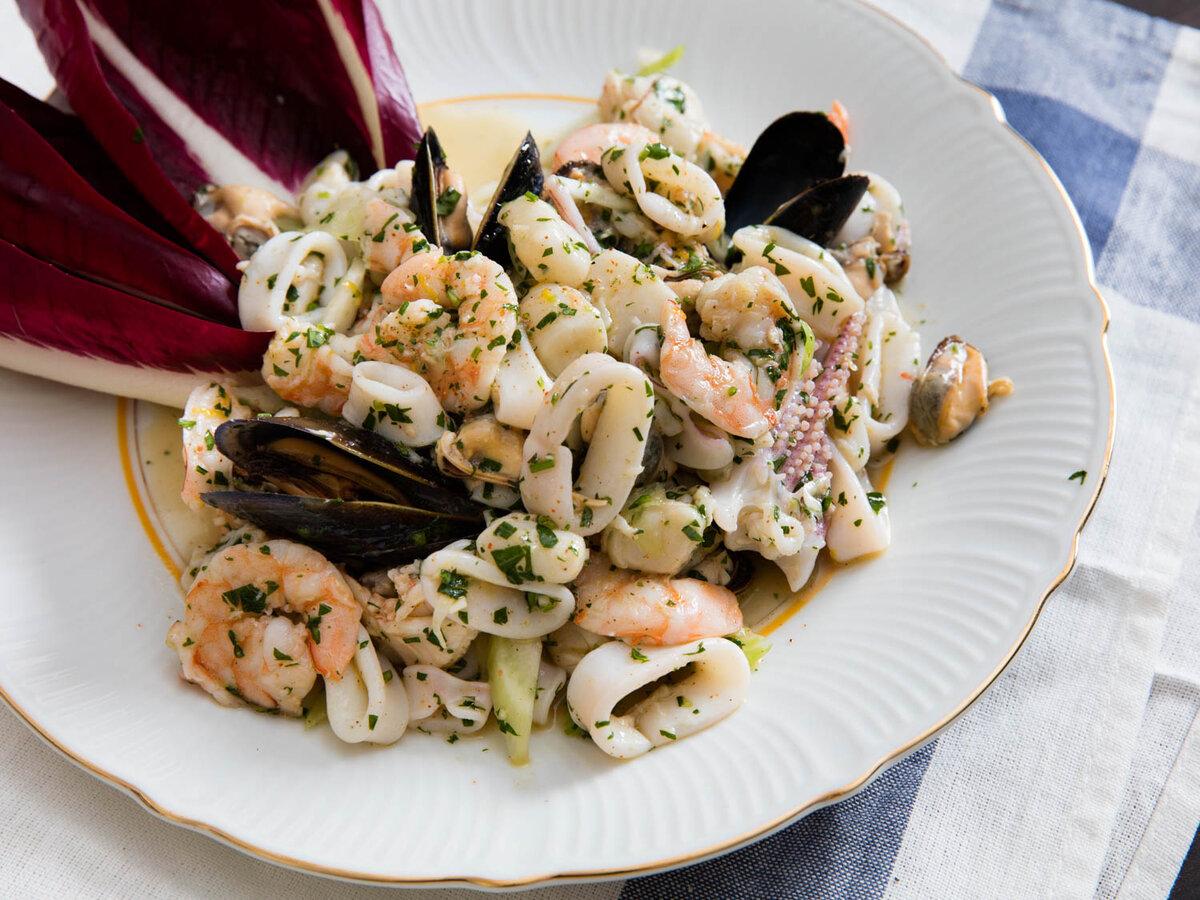 Салаты из морепродуктов рецепты с фото простые