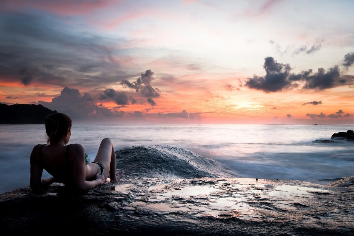 Картинки море и девушка