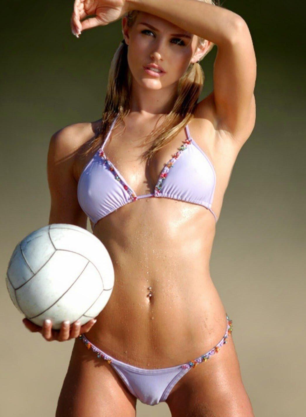 nude-beautiful-girl-camel-toe