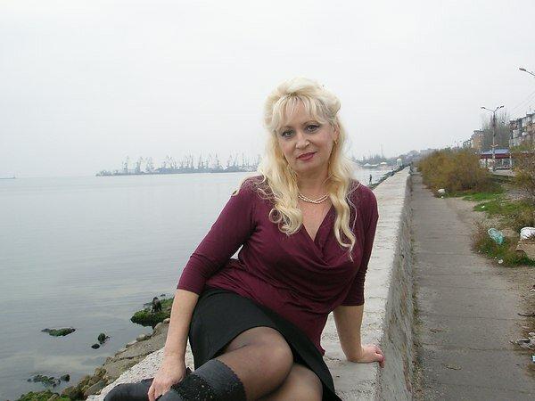 Толстожопая подруга любительское фото женат, тянет