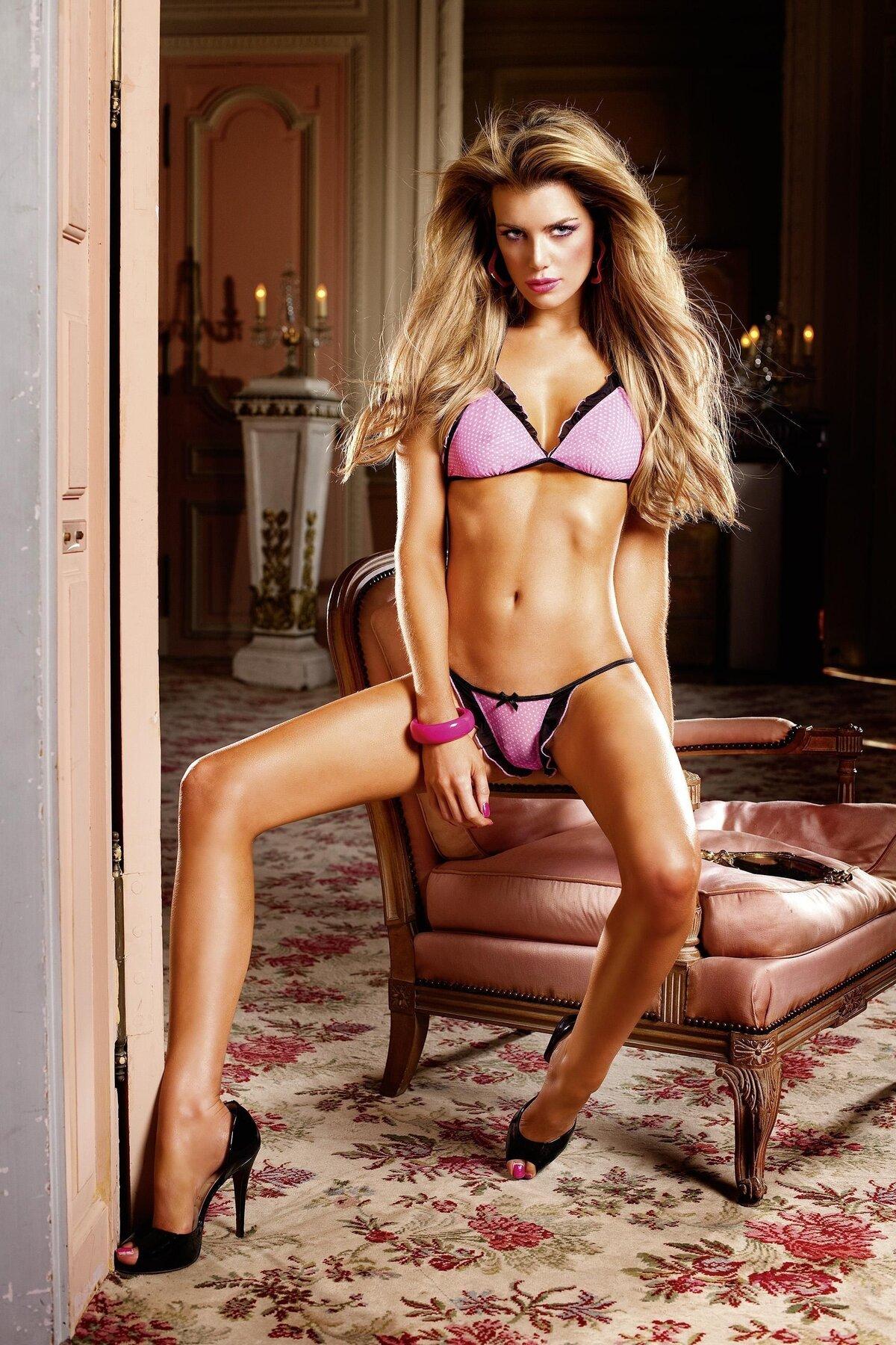 Лучшие эро модели россии, огромные сиськи в сперме смотреть онлайн