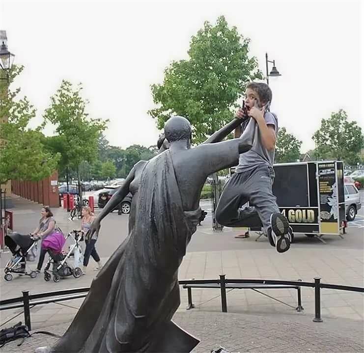 бы, про как лучше фотографироваться у статуи тбилиси