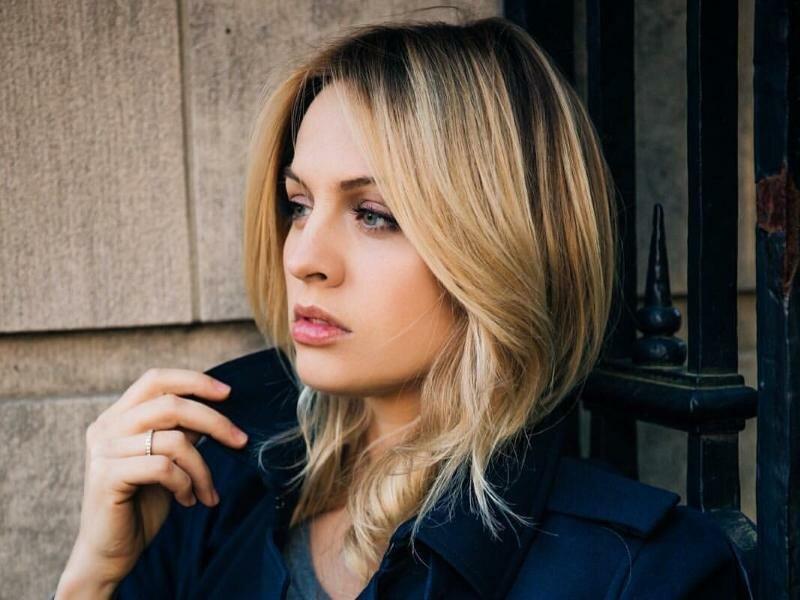 Актриса янина студилина, деловая женщина эротика фото