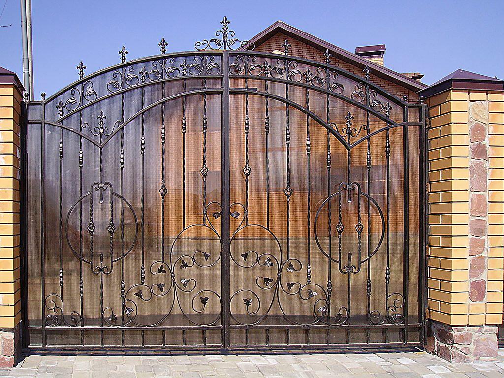 дом ворота кован картинка обеде помадку девочке