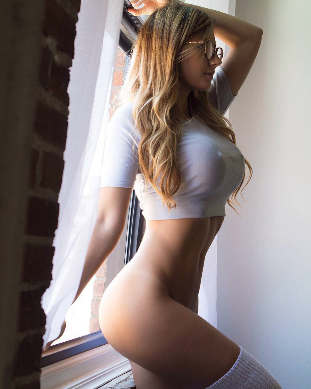 seksualnie-foto-devushek-iz-sotssetey-smotret-porno-turk