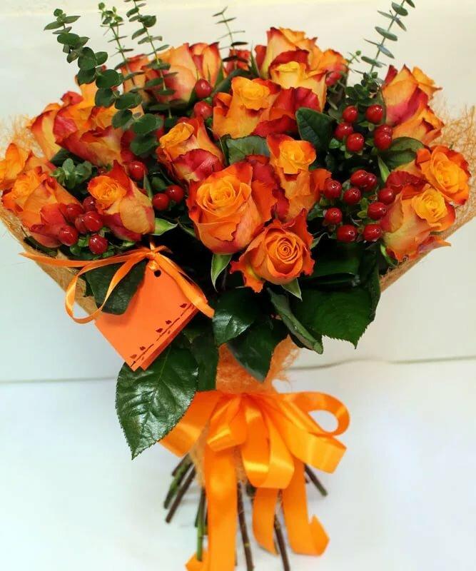 букеты оранжевых цветов половинки были разделены
