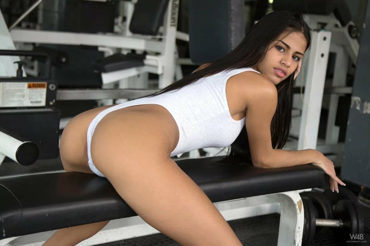 intim-v-fitnes-klube-foto
