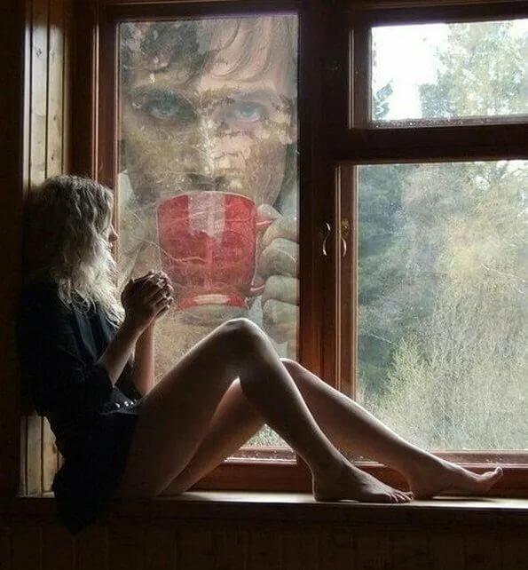 mamochki-tekut-nochyu-v-odinochestve-vilozhennoe-erotik-foto-v-kontakte-zrelih-pyanih-spyashih