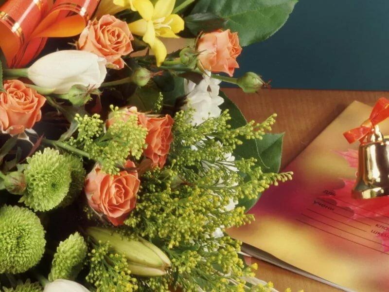 картинки цветов на выпускной речь пойдет