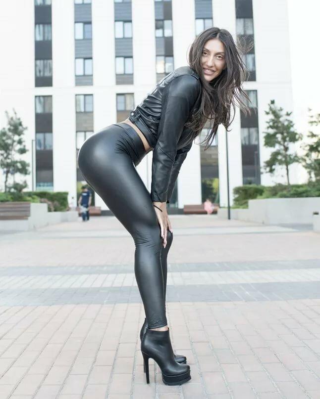 Сексом русских фото раком в кожаных штанах брянск