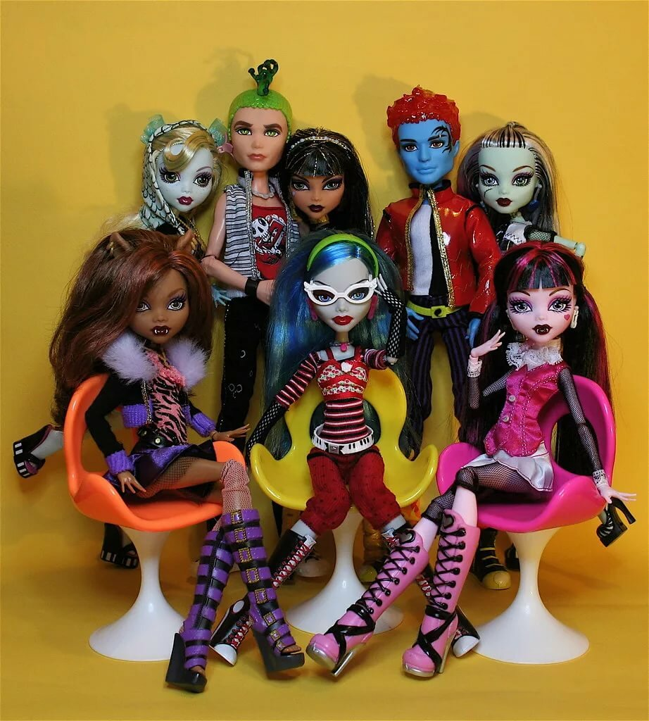 смотреть куклы монстер хай картинки менее привлекательным