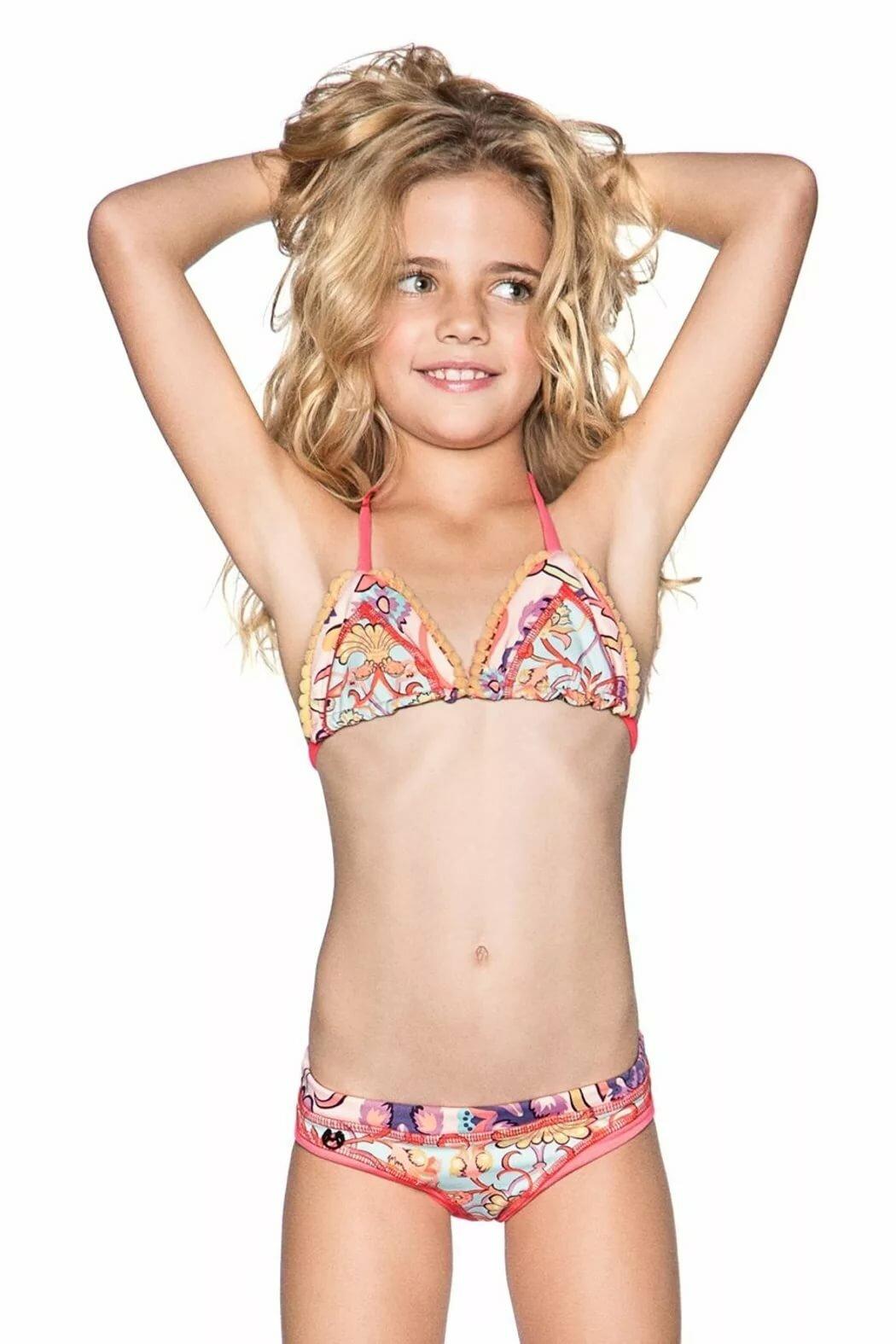 Little girls bikini sexy porn