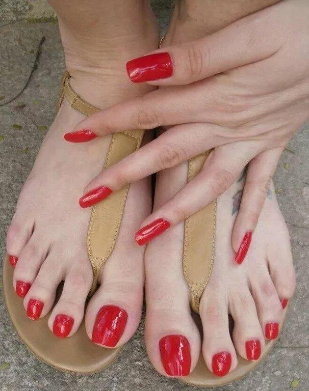 Sexy long women toenails
