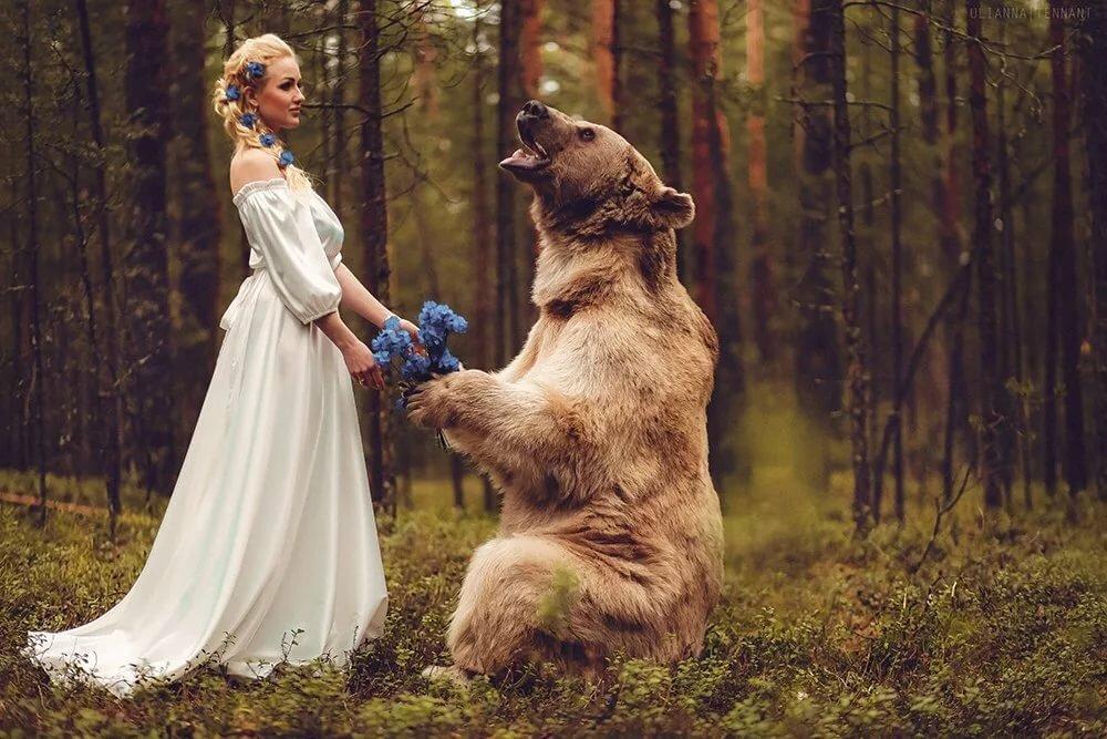 Красивые, картинка девушка с медведем