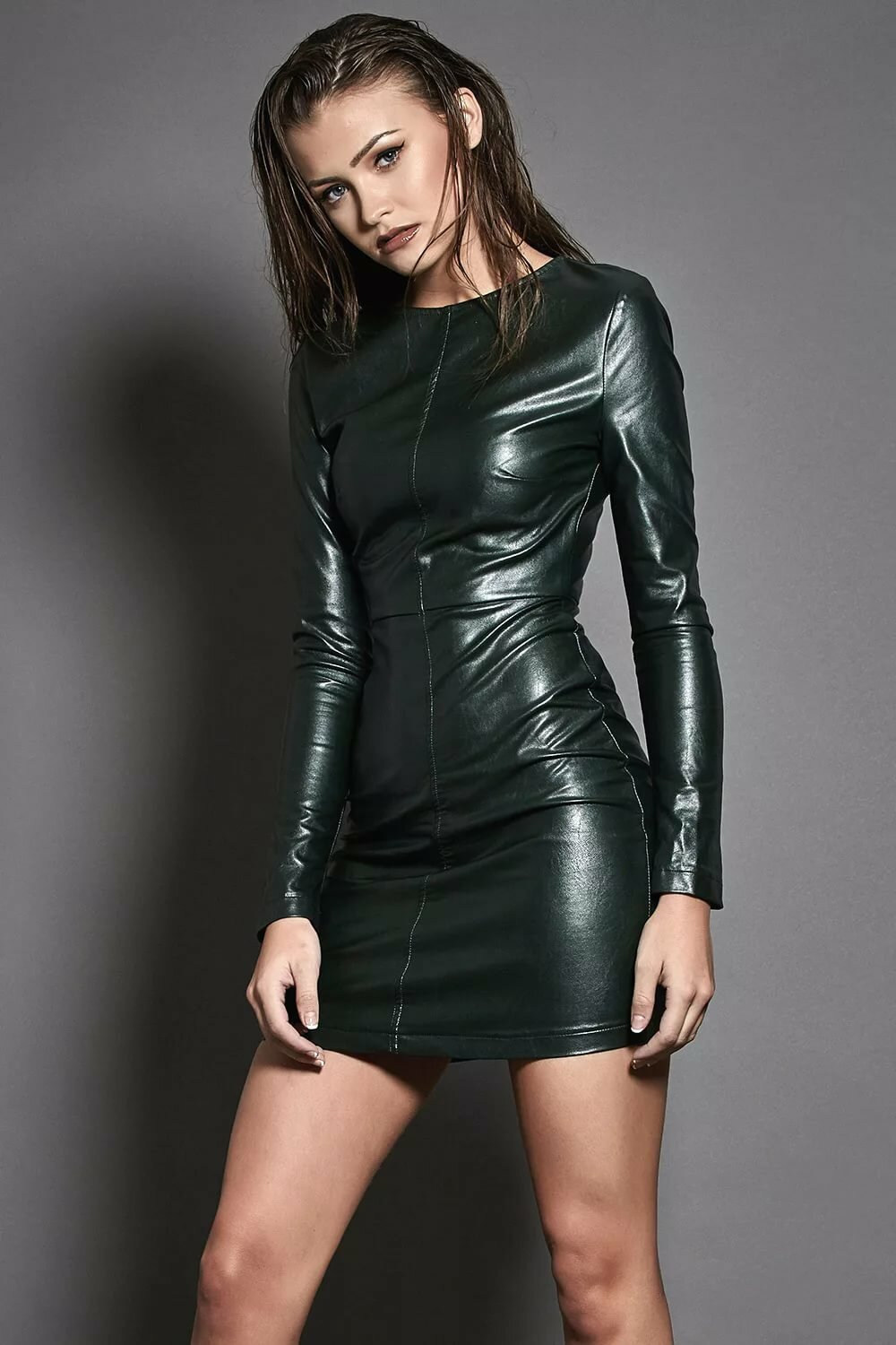 Hot girl in leather — photo 5