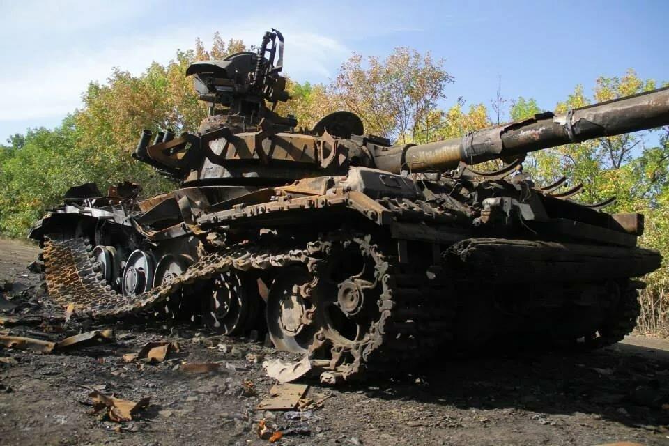 давних времен украина танки горят фото телеэкране многим