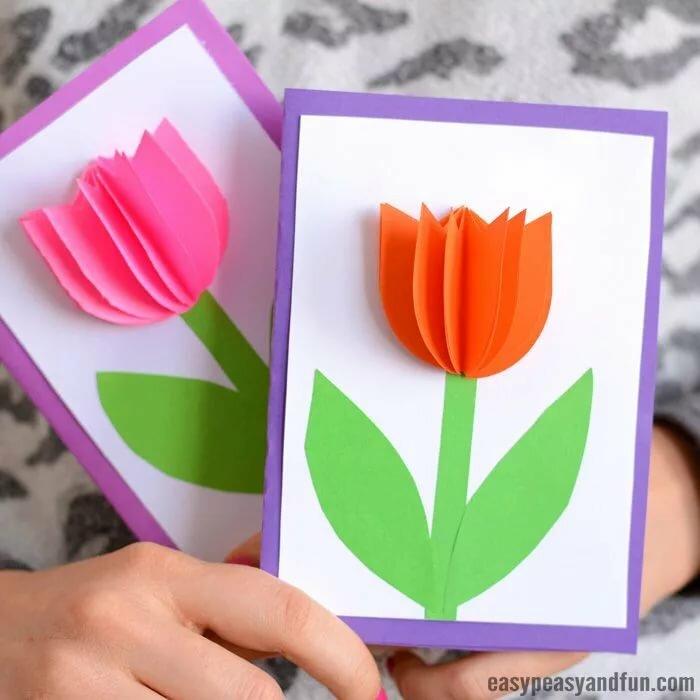 Как делать открытку для мамы карандашами для детей
