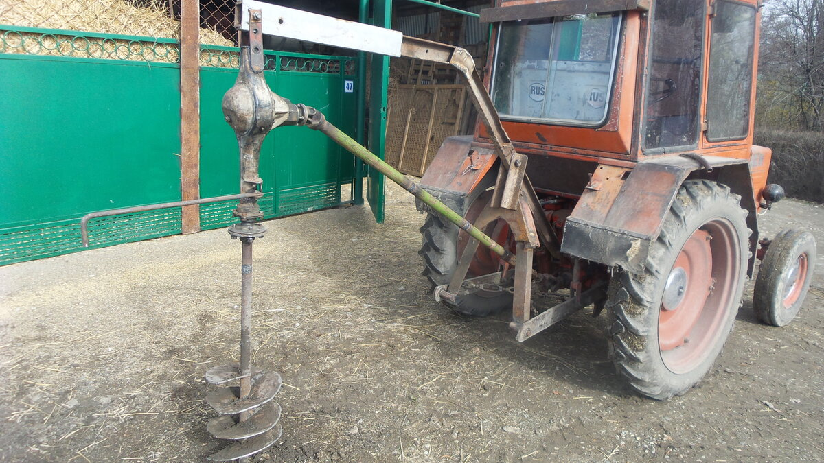 Показать фото самодельного ямобура на трактор мтз
