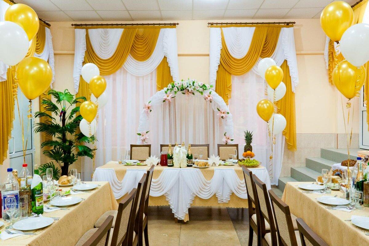 представлены как украсить кафе на свадьбу фото было говорить