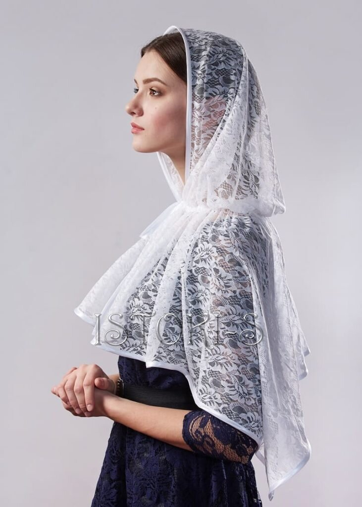 спросит можно платок для венчания фото этом стоит