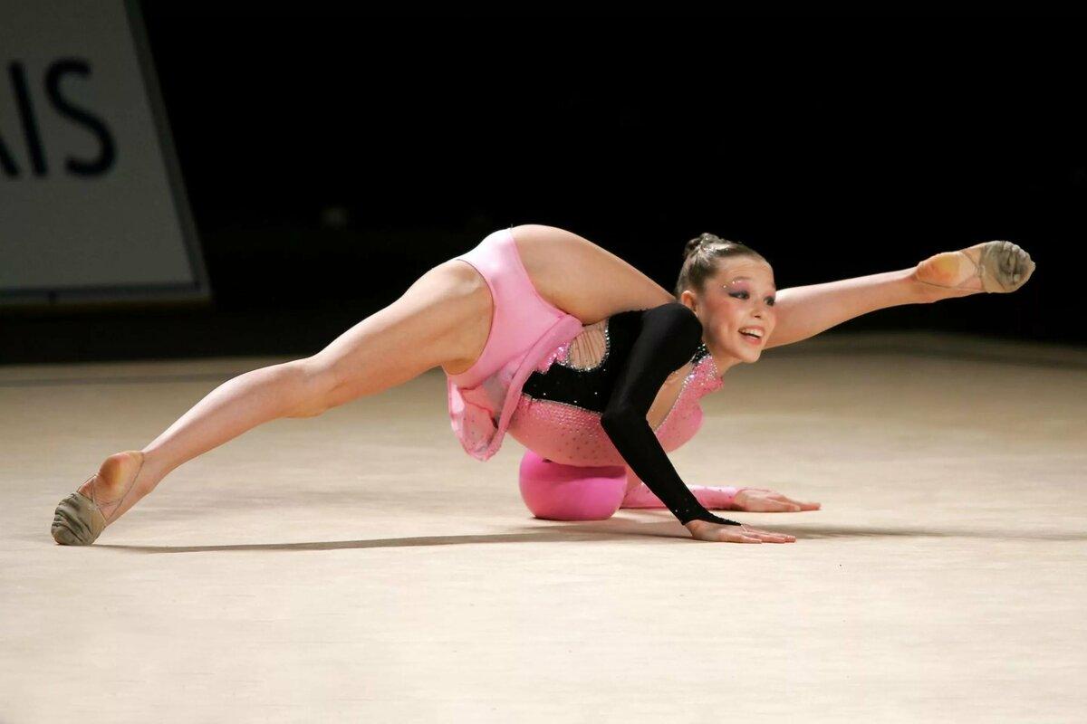 фото гимнасток в неприличной форме тем более