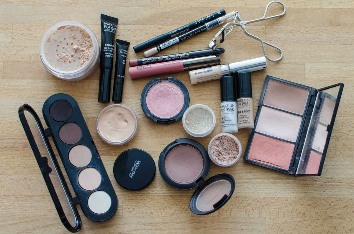 Что нужно купить из косметики чтобы сделать макияж косметика new line купить в ростове