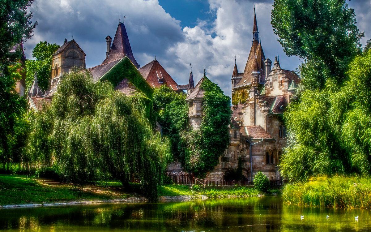 Стихи красивые, замки в картинках