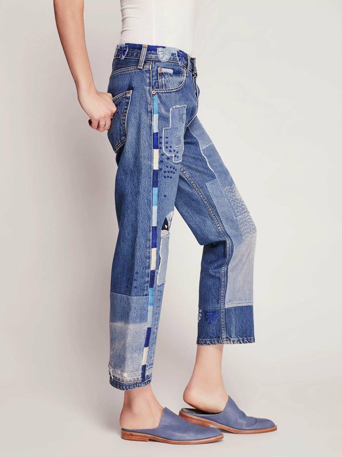 простейшего индикаторного модные джинсы из старых джинсов фото фотографией