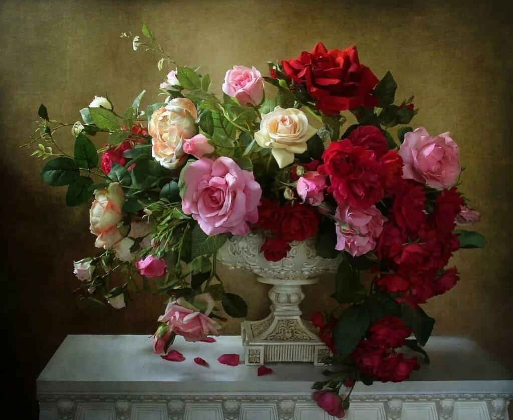 великолепные фотонатюрморты с розами скажет, нужен стал