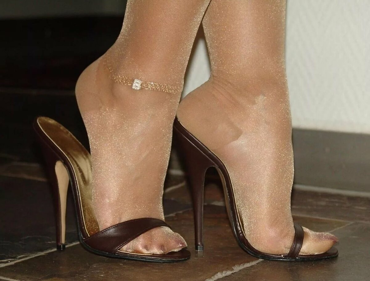 High arch and sexy toe