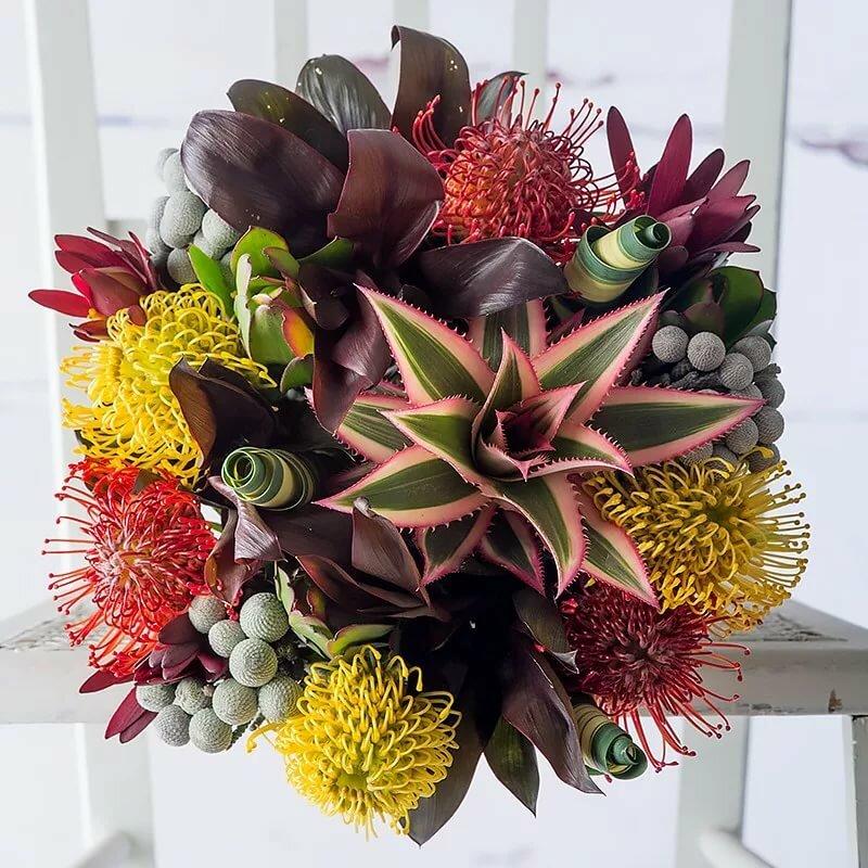 Живых цветов, необычные букеты в одинцово