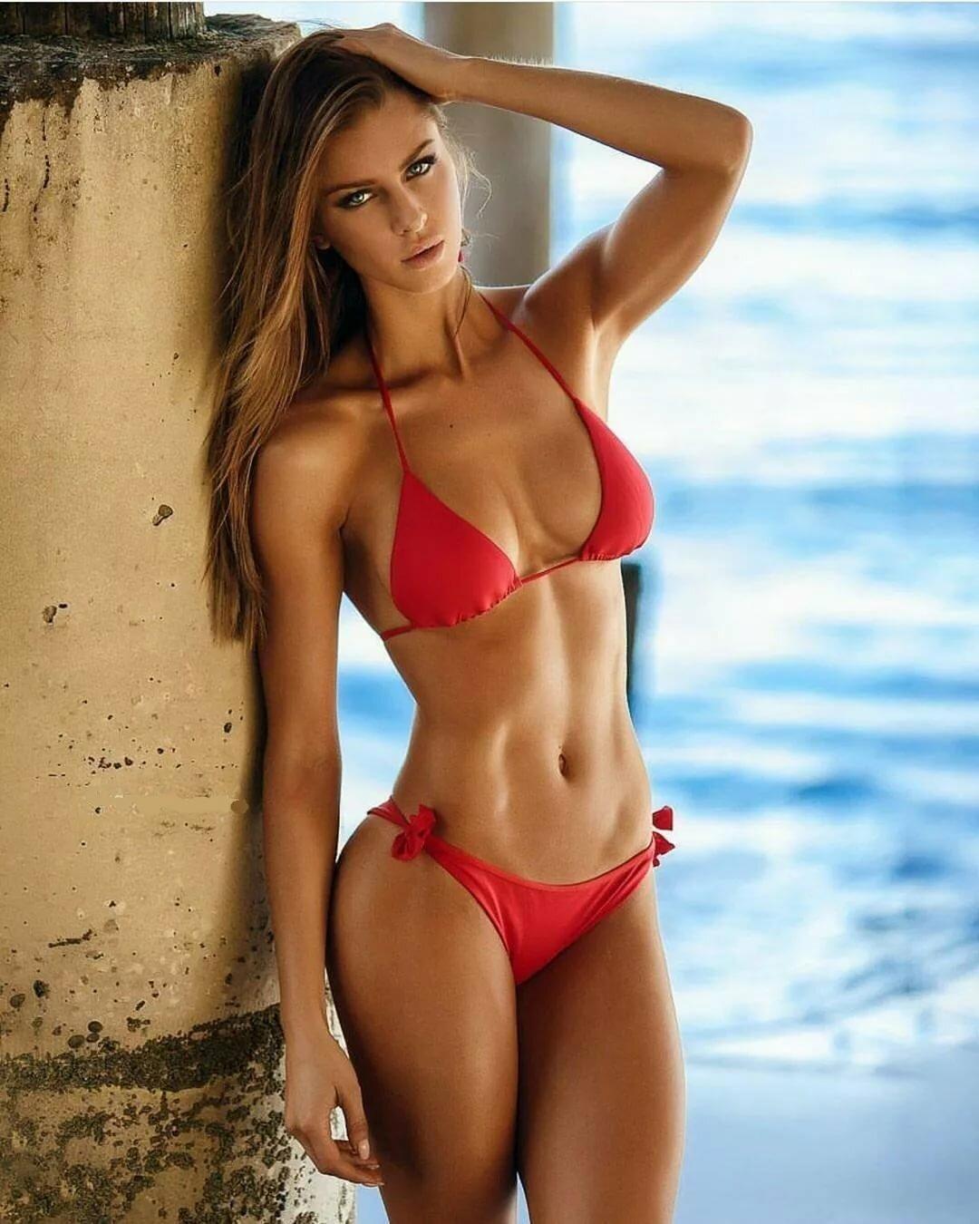 girl-bikini-model