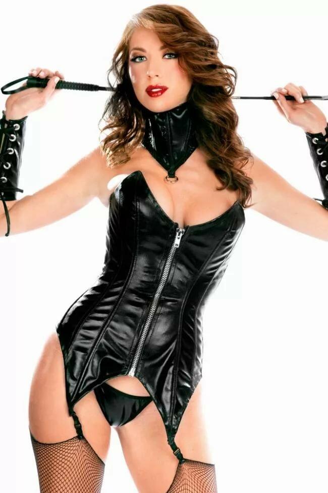 Женские эротические кожаные костюмы картинки 4