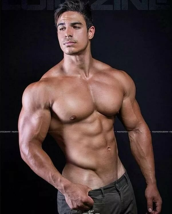 hot-naked-men-bodybuilders-transvestite-masturbating-cumshots