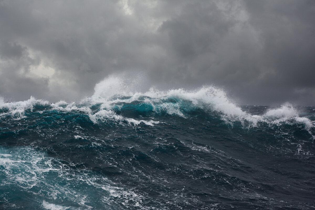 Море картинки бушует